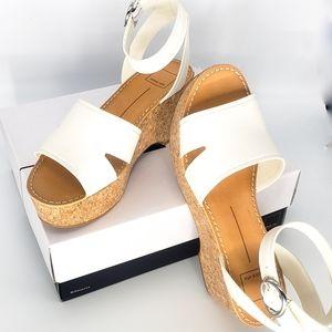 Dolce Vita Shoes - 🦋New Dolce Vida Off White Linda Platforms 10, 8.5
